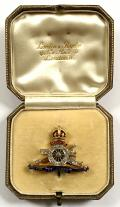WW1 Royal Artillery Diamond Set Enamel RA Regimental Sweetheart Brooch Housed in Original London & Ryder Leather Case.