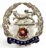 WW1 Hampshire Regiment silver and enamel sweetheart brooch